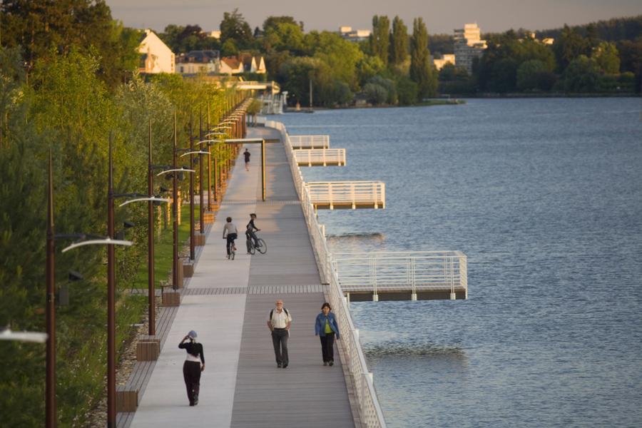 Vichy promenade