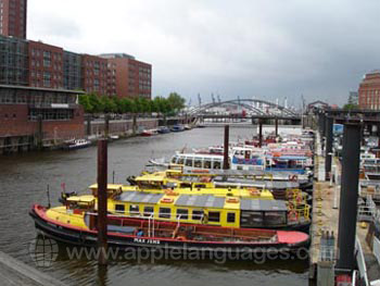 Hamburg has many canals!
