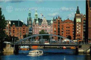 Hamburg is a busy port!