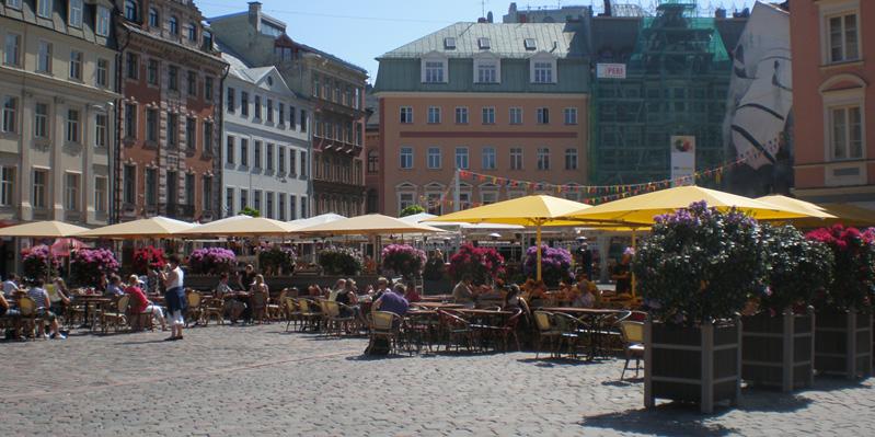 Café life in Riga