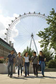Students exploring London