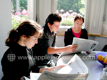 Studying German newspapers in class