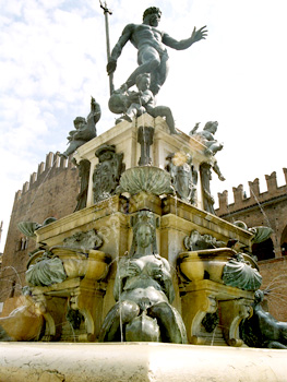 Nettuno Giorno in Bologna