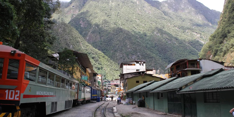 Spectacular train journey from Cusco to Machu Picchu