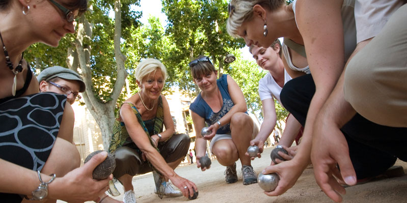 Playing petanque