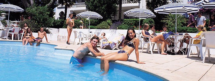 Students at the pool in Antibes