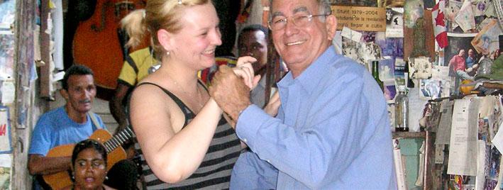 Dance lesson in Santiago de Cuba