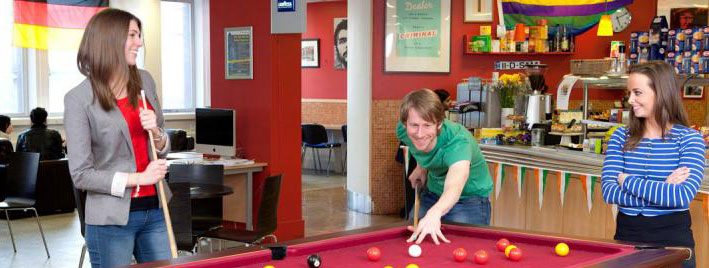Playing pool and speaking English in Dublin