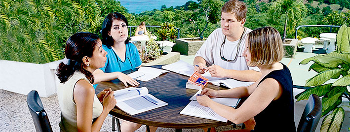 Outdoor Spanish lesson in Manuel Antonio