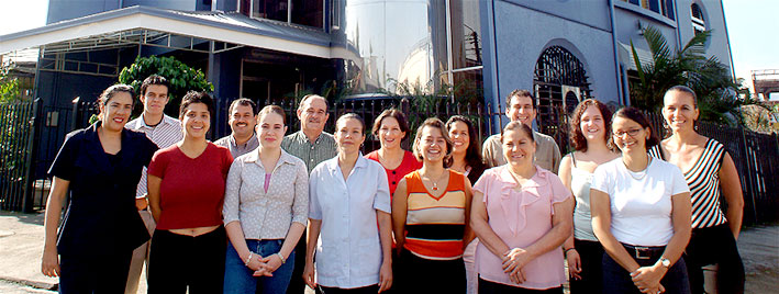 Students outside our Spanish school in San José