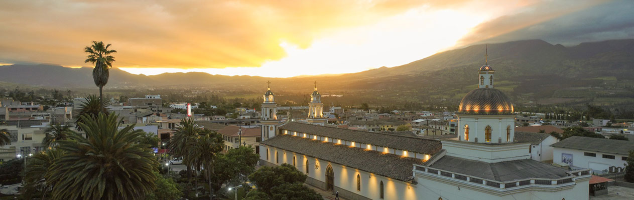 Sunset over atuntaqui, Ecuador