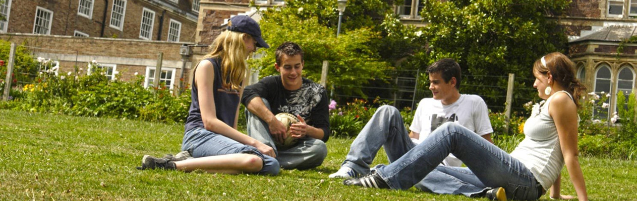 English course for Young Students in Exeter
